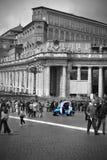 El patrullar de la policía del Vaticano Imágenes de archivo libres de regalías