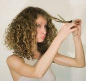 El pelo del corte de la muchacha Fotos de archivo
