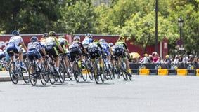 El Peloton femenino en París - curso del La por el Tour de France 2 del Le Fotografía de archivo libre de regalías