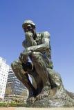 El pensador por Rodin Imagenes de archivo