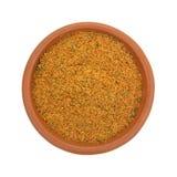El pequeño cuenco llenó de los ingredientes secos del adobo de la pimienta del chipotle Fotografía de archivo libre de regalías