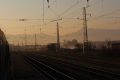 El permanecer en el ferrocarril en general Todorov Fotos de archivo