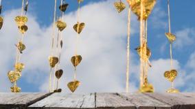 El pho del oro deja la ejecución en árbol de oro y x28; image& x29 de la falta de definición; con el selecte Fotografía de archivo