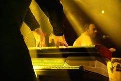El pianista de Antibalas (banda) se realiza en el festival 2014 del sonido de Heineken Primavera Fotos de archivo
