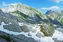 El pico alpino hermoso y dominante de Säntis en la cordillera de Alpstein foto de archivo libre de regalías