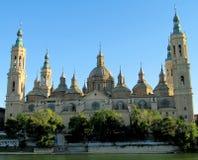 El Pilar Basilica i Zaragoza, Spanien Arkivfoto
