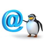 el pingüino 3d tiene un símbolo de la dirección de correo electrónico Imágenes de archivo libres de regalías