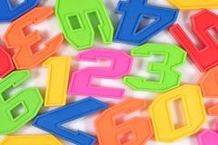 El plástico colorido numera 123 en blanco Fotos de archivo libres de regalías