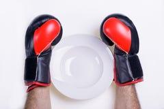 El plato de SawThe para la dieta está vacío Imagenes de archivo
