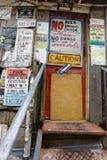 El Po Monkeys la puerta de la junta de juke Foto de archivo libre de regalías