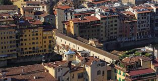 El Ponte Vecchio en Florencia, Italia Foto de archivo libre de regalías
