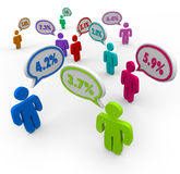 El por ciento numera comparar que habla de la gente de los tipos de interés mejor apagado Fotos de archivo