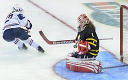 Campeonato del mundo del hockey sobre hielo de las mujeres de IIHF Imágenes de archivo libres de regalías