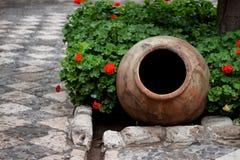 El pote del monasterio Imágenes de archivo libres de regalías
