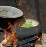 El pote en el fuego Fotos de archivo libres de regalías