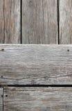 El pozo de madera viejo de la pendiente del piso foto de archivo libre de regalías