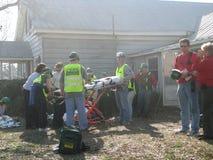 El practicar del equipo de la respuesta de emergencia Foto de archivo libre de regalías