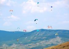 El practicar surf del cielo Imagen de archivo libre de regalías