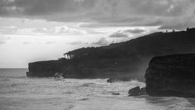 El practicar surf por la mañana Foto de archivo