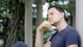 El preguntarse masculino italiano sin afeitar Foto de archivo