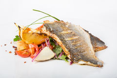 El prendedero de pescados frito con adorna Foto de archivo