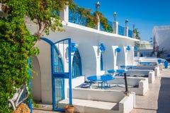 El primer del restaurante tunecino Sidi Bou Said - ciudad en septentrional Imagen de archivo libre de regalías