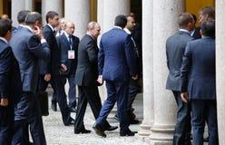El primer ministro italiano Matteo Renzi encuentra a presidente ruso Vlad Imagen de archivo libre de regalías