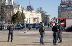 El primer ministro ruso Dmitry Medvedev llega en Bulgaria en una visita de dos días fotografía de archivo