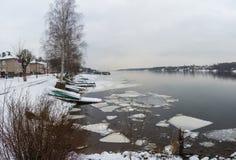 El principio del invierno en la ciudad de vacaciones de Plyos Fotografía de archivo