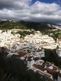 El pueblo blanco de Casares Imagen de archivo