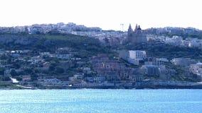 El pueblo de Mellieha en la isla mediterránea de Malta