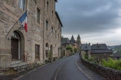 El pueblo medieval de Conques Foto de archivo libre de regalías