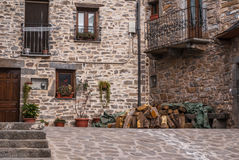 El pueblo medieval de Torla en los pyrinees de España de Aragón Fotos de archivo libres de regalías