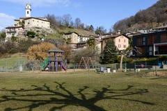 El pueblo rural de Carabbia, Suiza Fotografía de archivo