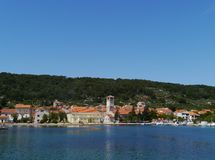 El pueblo Veli Iz en el mediterráneo Imagen de archivo libre de regalías