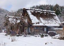El pueblo viejo adentro Shirakawa-va, Japón Fotografía de archivo