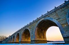 El puente de 17 arcos Foto de archivo
