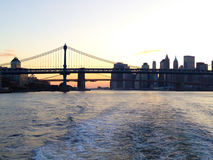 El puente de Brooklyn y puente de Manhattan Fotos de archivo libres de regalías