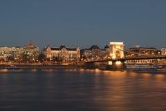 El puente de cadena Budapest Imágenes de archivo libres de regalías