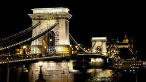El puente de cadena en Budapest foto de archivo libre de regalías