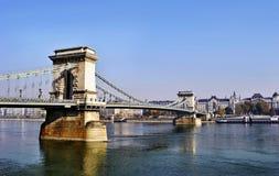 El puente de cadena en Budapest imagen de archivo libre de regalías