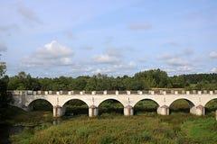 El puente de Konuvere fue construido en 1861 Estonia imagen de archivo