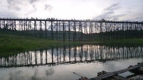 El puente de madera Imagen de archivo libre de regalías