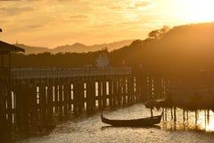 el puente de madera más largo del puente del upain del mundo Fotos de archivo libres de regalías