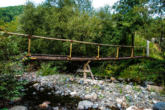 El puente de madera viejo Foto de archivo