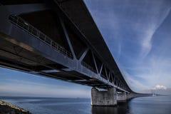 El puente de Oresund, bron de los oresunds imagen de archivo