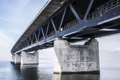 El puente de Oresund, bron de los oresunds foto de archivo libre de regalías