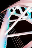 El puente de Saeyeon coloreado enciende el fondo negro de la arquitectura Imágenes de archivo libres de regalías