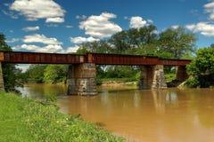 El puente del ferrocarril Imágenes de archivo libres de regalías