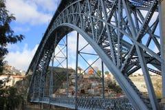 El puente en Oporto Foto de archivo